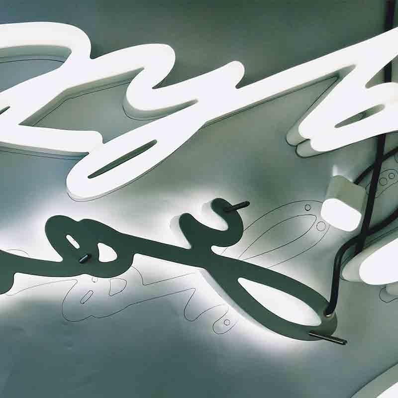 Tsingtao Beer Neon Sign Modern Factory Price Custom-Made Design